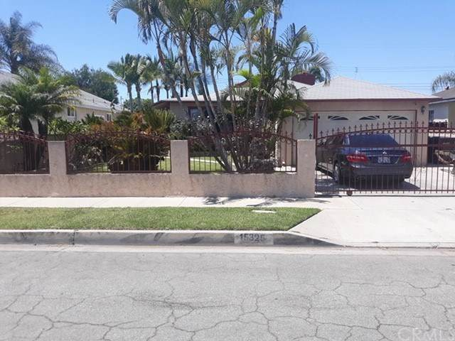 15325 Roper Avenue, Norwalk, CA 90650 (#SB21083586) :: Team Forss Realty Group