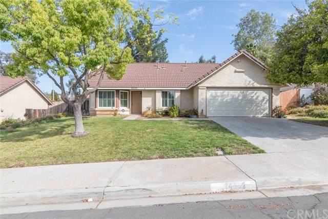24592 Meadow Grass Way, Moreno Valley, CA 92557 (#SW21084267) :: The Miller Group