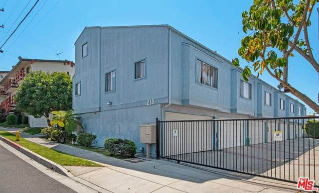 210 E Plymouth Street #7, Inglewood, CA 90302 (#21722174) :: RE/MAX Empire Properties