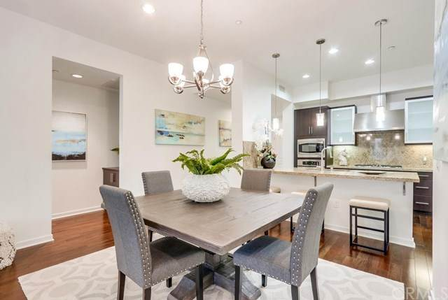 21 Gramercy #121, Irvine, CA 92612 (#NP21084555) :: Cal American Realty