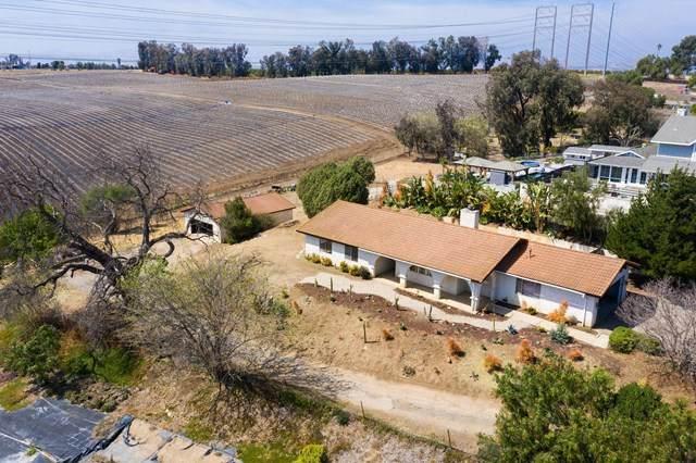 10701 Citrus Drive, Moorpark, CA 93021 (#221002098) :: The Brad Korb Real Estate Group
