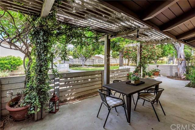 2604 N Tustin Avenue #52, Santa Ana, CA 92705 (#OC21080932) :: Team Forss Realty Group