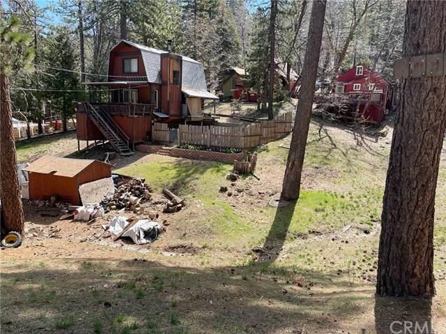 2445 Spruce Drive - Photo 1