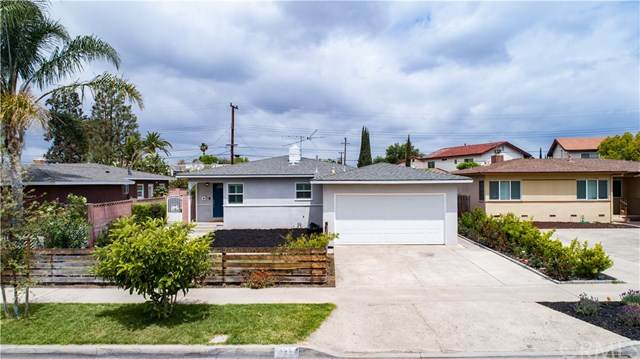 133 E Locust Avenue, Orange, CA 92867 (#IV21085314) :: Team Forss Realty Group