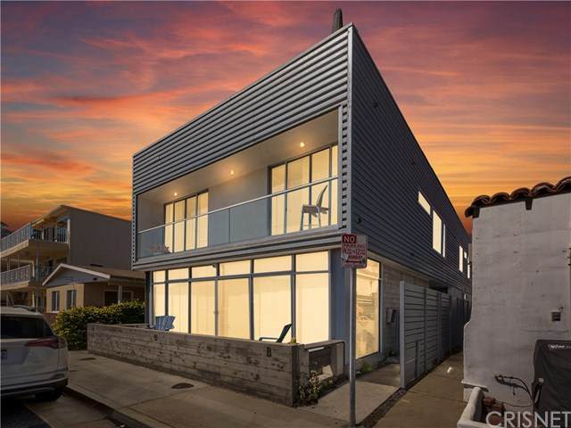 1004 W Balboa Boulevard B, Newport Beach, CA 92661 (#SR21085782) :: Team Forss Realty Group