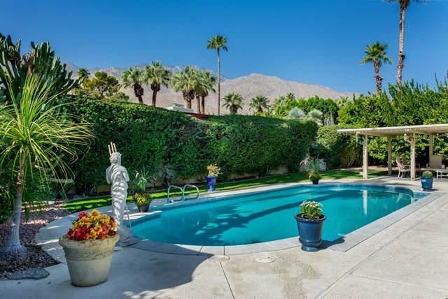 1911 Cadiz Circle, Palm Springs, CA 92264 (#219060968PS) :: Power Real Estate Group