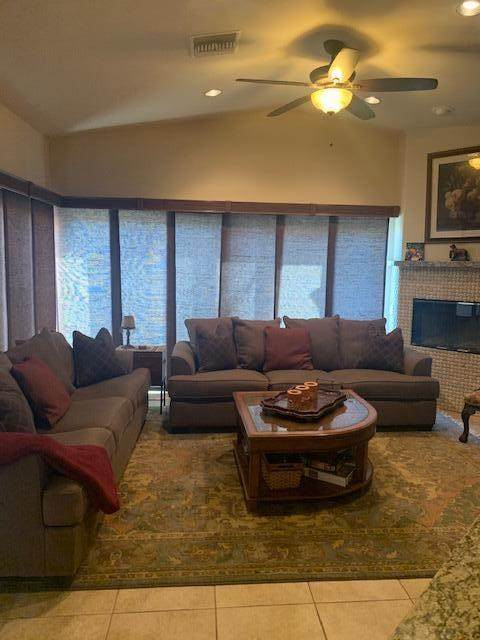 86127 Arrowood Avenue, Coachella, CA 92236 (#219060993DA) :: The Costantino Group | Cal American Homes and Realty