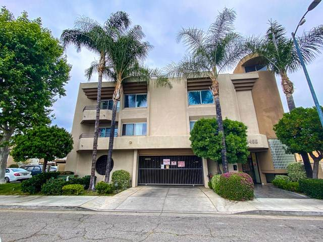 15455 Sherman Way #20, Van Nuys, CA 91406 (#P1-4389) :: The Brad Korb Real Estate Group