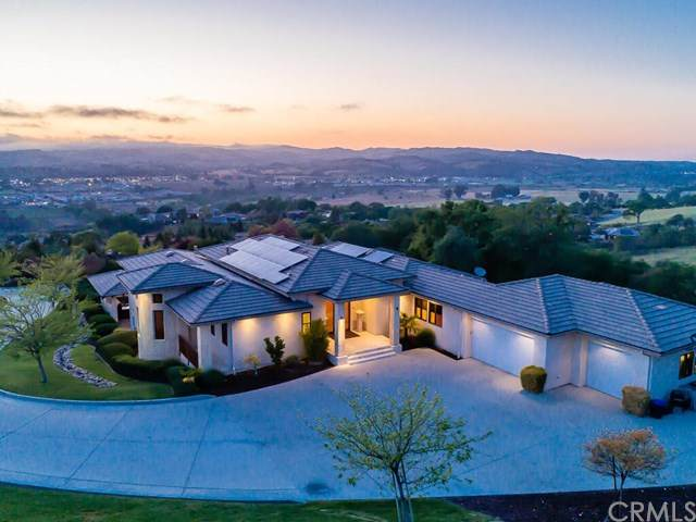 1463 Burnt Rock Way, Templeton, CA 93465 (#NS21086205) :: Rogers Realty Group/Berkshire Hathaway HomeServices California Properties