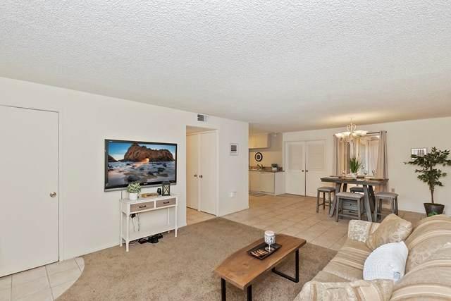 77900 Michigan Drive C4, Palm Desert, CA 92211 (#219061129DA) :: Steele Canyon Realty