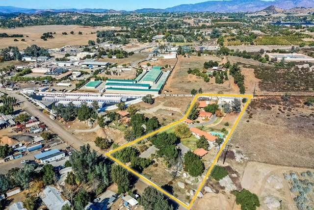 28357 Cole Grade Rd, Valley Center, CA 92082 (#NDP2104539) :: The Costantino Group | Cal American Homes and Realty