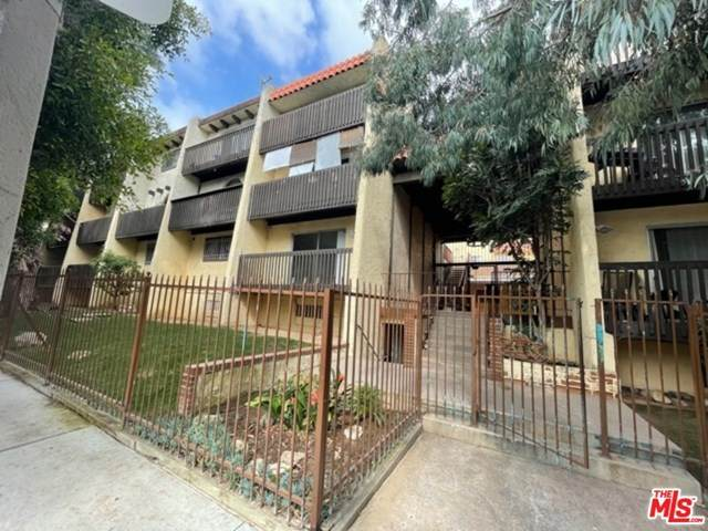 730 N Eucalyptus Avenue #27, Inglewood, CA 90302 (#21722994) :: Mainstreet Realtors®