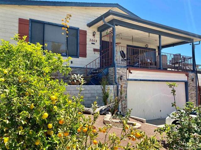 3669 Moultrie Ave, San Diego, CA 92117 (#210011263) :: Massa & Associates Real Estate Group   eXp California Realty Inc