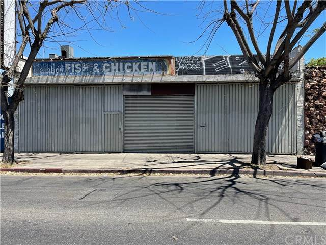 6812 S Western Avenue, Los Angeles (City), CA 90047 (#TR21090946) :: Team Forss Realty Group