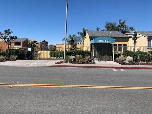 5252 Balboa Arms Dr #231, San Diego, CA 92117 (#210011311) :: The Costantino Group   Cal American Homes and Realty