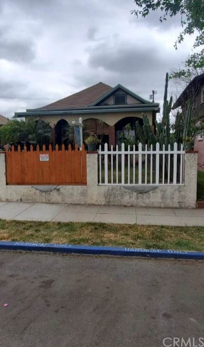 6422 Crescent Street, Highland Park, CA 90042 (#CV21039909) :: The Costantino Group | Cal American Homes and Realty