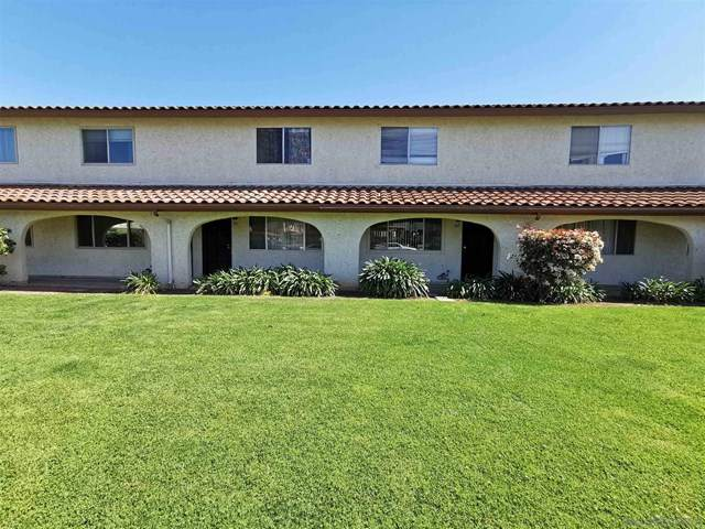 165 Espanas Gln, Escondido, CA 92026 (#210011321) :: The Costantino Group | Cal American Homes and Realty