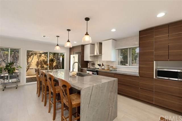 2500 University Drive, Newport Beach, CA 92660 (#OC21091490) :: Mainstreet Realtors®