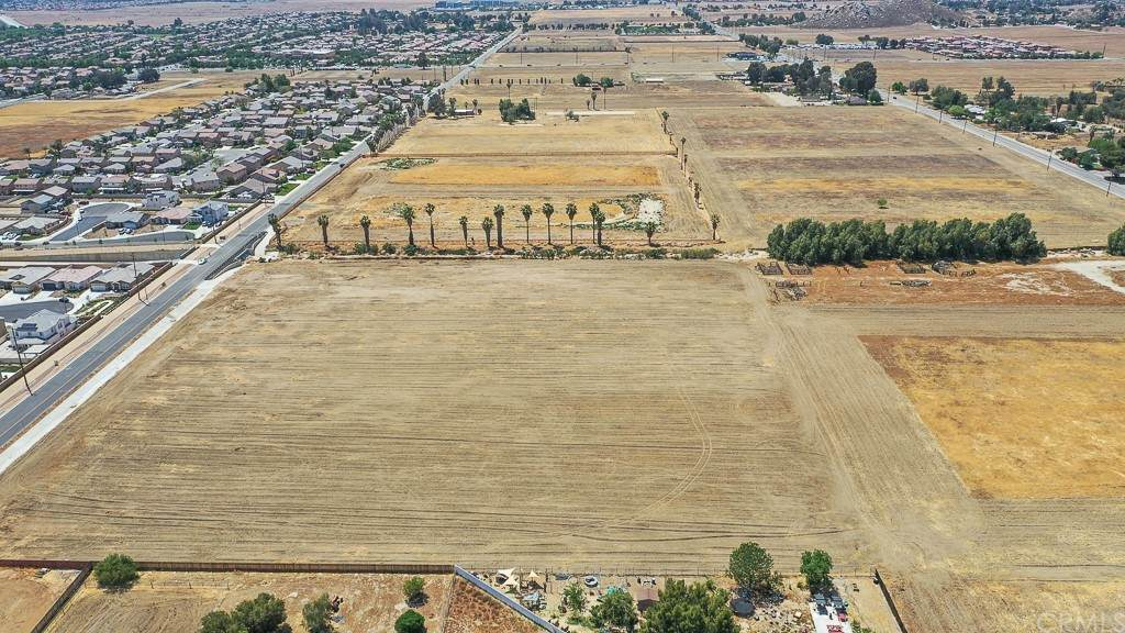 0 Quincy, Moreno Valley, CA 92555 (#PW21091918) :: Realty ONE Group Empire