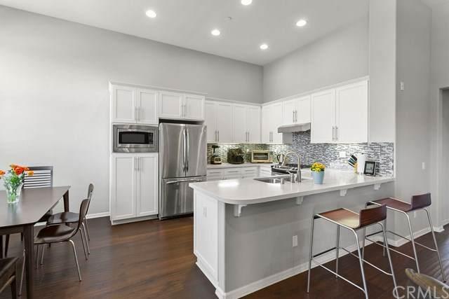 16 City Stroll, Irvine, CA 92620 (#OC21088524) :: Legacy 15 Real Estate Brokers