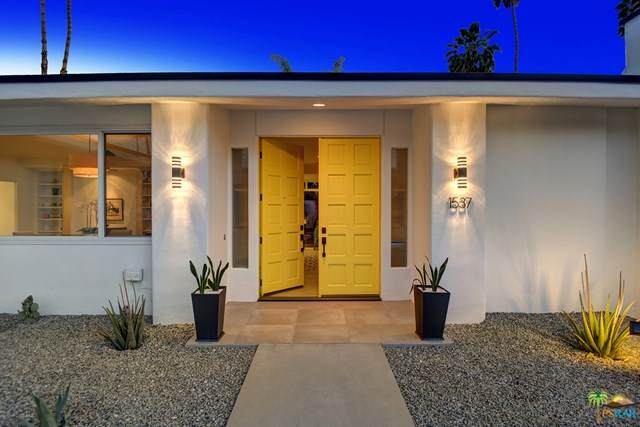 1537 Chico Circle, Palm Springs, CA 92264 (#21721772) :: Power Real Estate Group