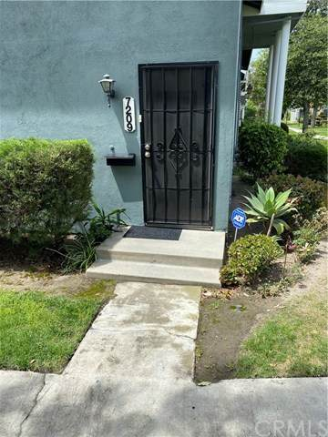 7209 Santa Isabel Circle, Buena Park, CA 90620 (#DW21092618) :: Mainstreet Realtors®