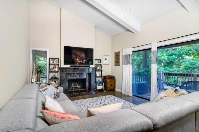 3316 Brittan Avenue #18, San Carlos, CA 94070 (#ML81841825) :: Berkshire Hathaway HomeServices California Properties