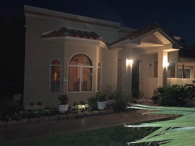 42920 Cerritos Drive, Bermuda Dunes, CA 92203 (#219061412DA) :: The Costantino Group | Cal American Homes and Realty