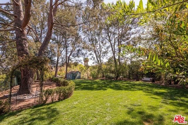 3732 Sapphire Drive, Encino, CA 91436 (#21722966) :: The Brad Korb Real Estate Group