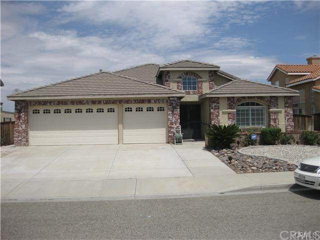 12252 Atoka Lane, Victorville, CA 92392 (#SW21094062) :: Mainstreet Realtors®
