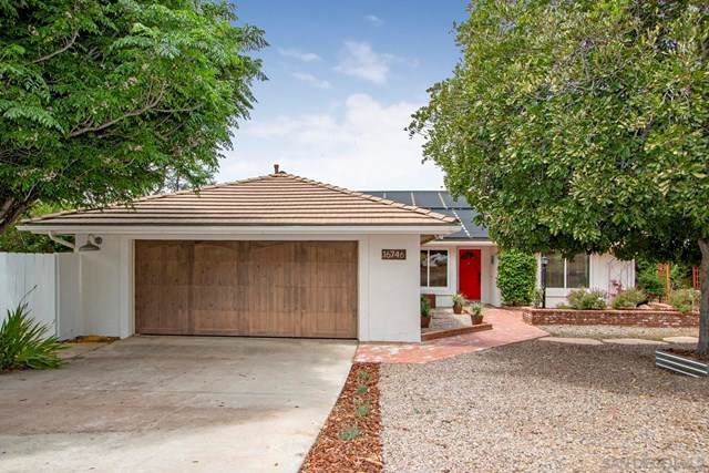 16746 Republican Way, Ramona, CA 92065 (#210011727) :: The Costantino Group | Cal American Homes and Realty