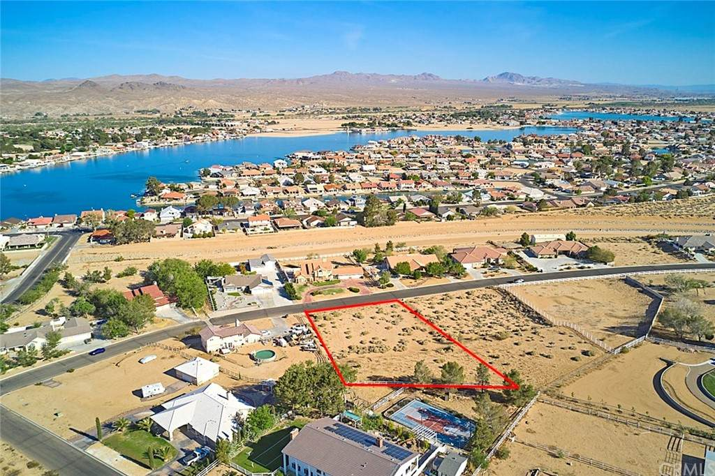 27656 River Rock Road, Helendale, CA 92342 (#CV21094232) :: The Costantino Group | Cal American Homes and Realty