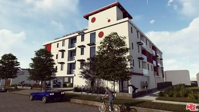 14715 Blythe Street, Panorama City, CA 91402 (#21727360) :: The Brad Korb Real Estate Group