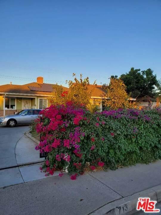 713 S Brookhurst Road, Fullerton, CA 92833 (#21725268) :: Mainstreet Realtors®