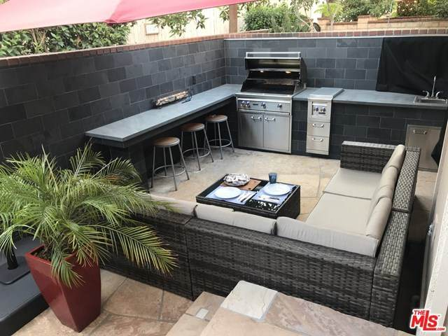13010 Maxella Avenue #6, Marina Del Rey, CA 90292 (#21724586) :: Rogers Realty Group/Berkshire Hathaway HomeServices California Properties