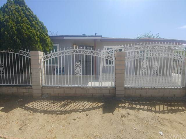 9797 Cedar Avenue, Bloomington, CA 92316 (#CV21095143) :: The Costantino Group | Cal American Homes and Realty