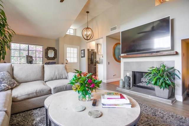 3670 Carmel View Rd, San Diego, CA 92130 (#210011841) :: The Costantino Group | Cal American Homes and Realty