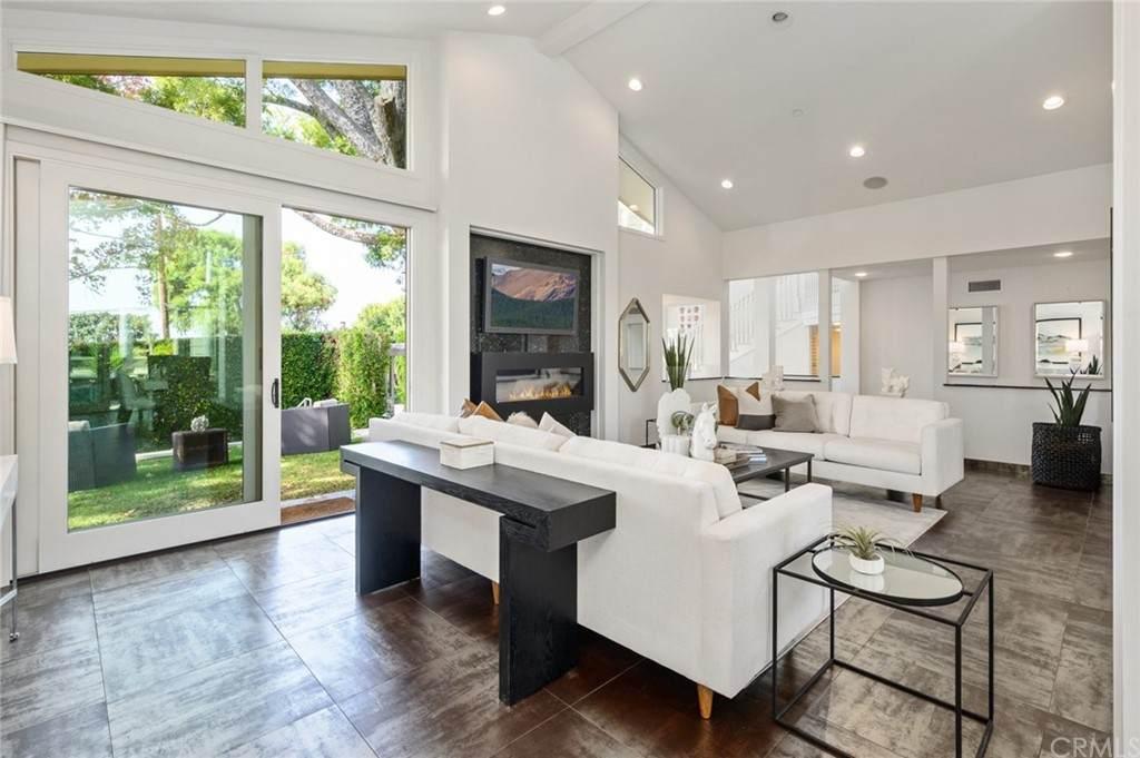 1246 Temple Terrace, Laguna Beach, CA 92651 (#LG21095411) :: Mint Real Estate