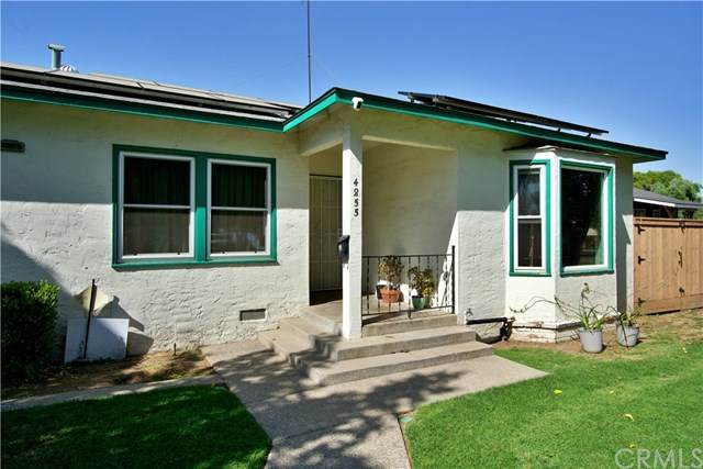 4855 E Iowa Avenue, Fresno, CA 93727 (#FR21095519) :: Mainstreet Realtors®