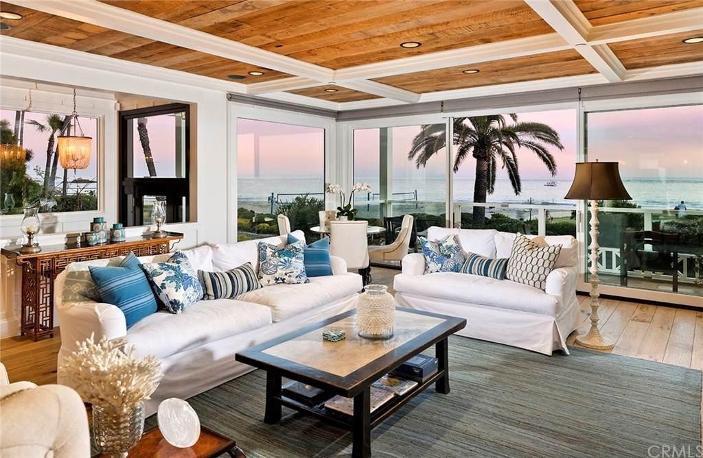 3200 Breakers Drive, Corona Del Mar, CA 92625 (#OC21087541) :: Mint Real Estate