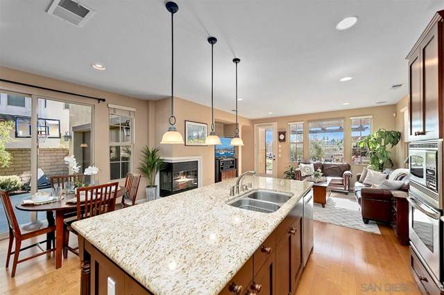 5658 Painted Nettles Glen, San Diego, CA 92130 (#210011927) :: The Costantino Group | Cal American Homes and Realty