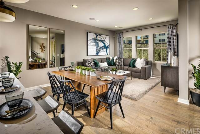 203 Sonora Ridge, Lake Forest, CA 92610 (#OC21095434) :: Plan A Real Estate