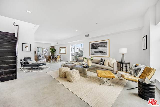 3119 Via Dolce #118, Marina Del Rey, CA 90292 (#21728248) :: Team Forss Realty Group