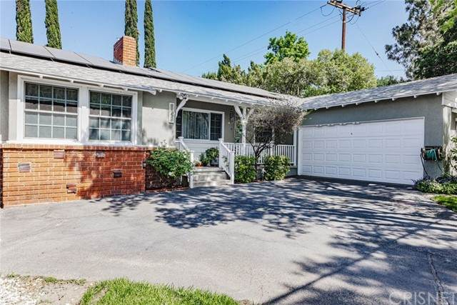 24448 Valley Street, Newhall, CA 91321 (#SR21093163) :: Mainstreet Realtors®