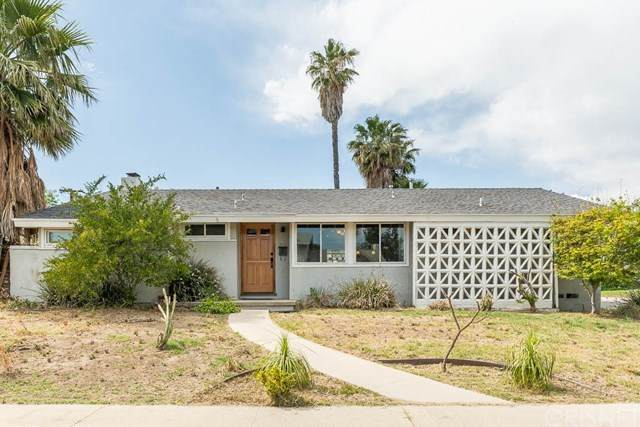 20701 Arminta Street, Winnetka, CA 91306 (#SR21094997) :: The Costantino Group | Cal American Homes and Realty