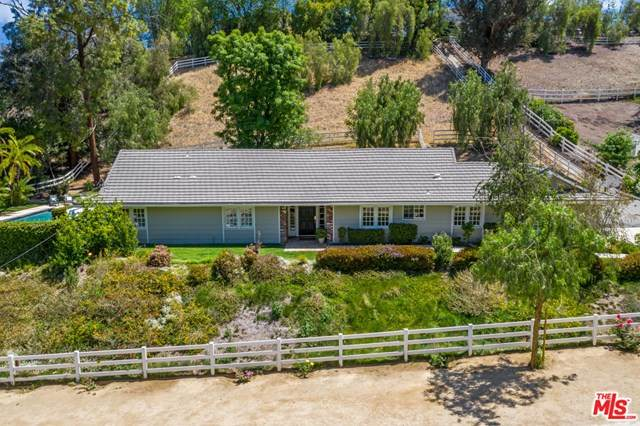 5626 Jed Smith Road, Hidden Hills, CA 91302 (#21726078) :: The Costantino Group | Cal American Homes and Realty