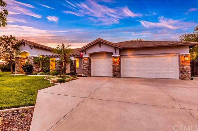 2024 Ridgeview Court, Redlands, CA 92373 (#OC21094598) :: The Costantino Group | Cal American Homes and Realty