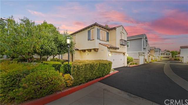 8602 Stoneside, Rancho Cucamonga, CA 91730 (#CV21084101) :: Mainstreet Realtors®
