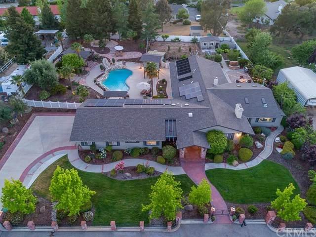 1090 Casteel Lane, Templeton, CA 93465 (#NS21095525) :: Compass