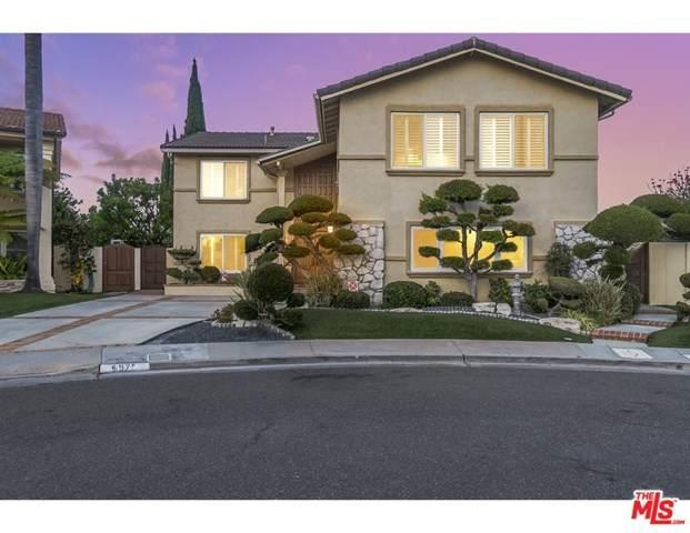 6971 Lafayette Drive, Huntington Beach, CA 92647 (#21727844) :: Mainstreet Realtors®